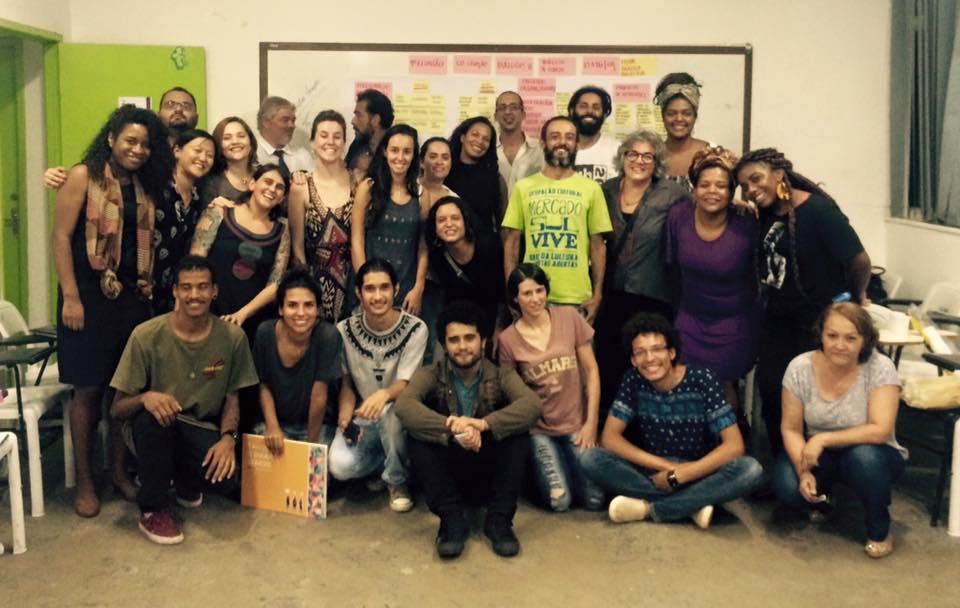 Dulcina vive e dialoga com Brasília