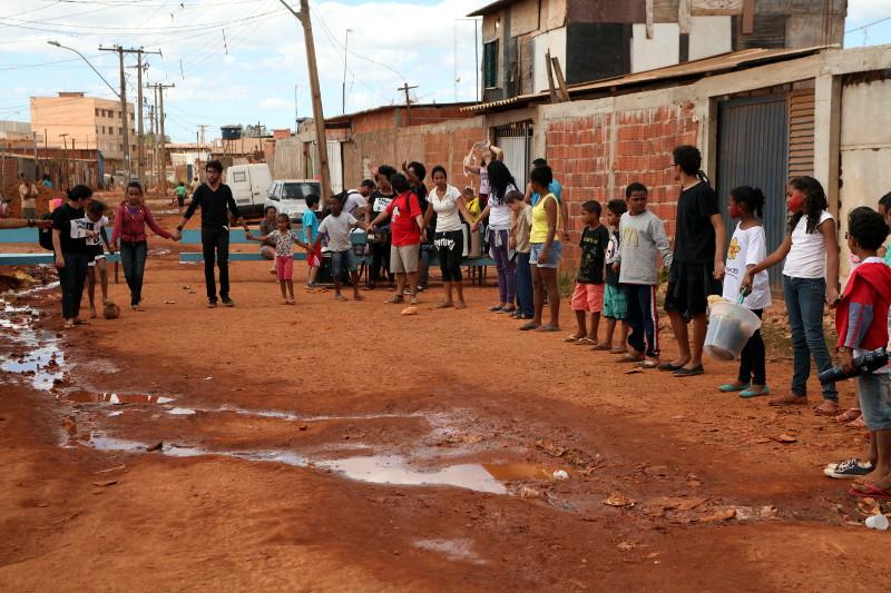 Comunidade vive com estrutura precária na Santa Luzia - Cidade Estrutural.